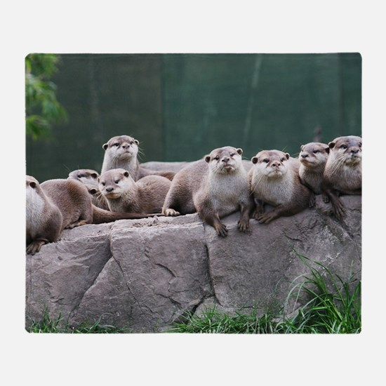 Otter family Throw Blanket