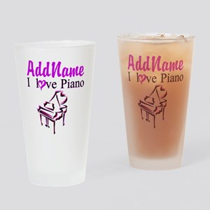 PIANO PLAYER Drinking Glass
