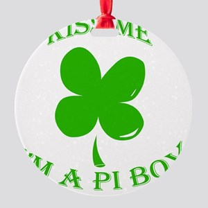 St. Pattys Kiss Me Round Ornament