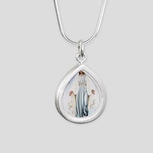 krajlicahrvatska Silver Teardrop Necklace