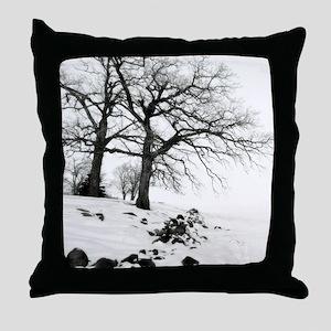 Bw oak tree 09 11x9 Throw Pillow