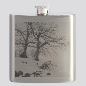 Bw oak tree 09 11x9 Flask