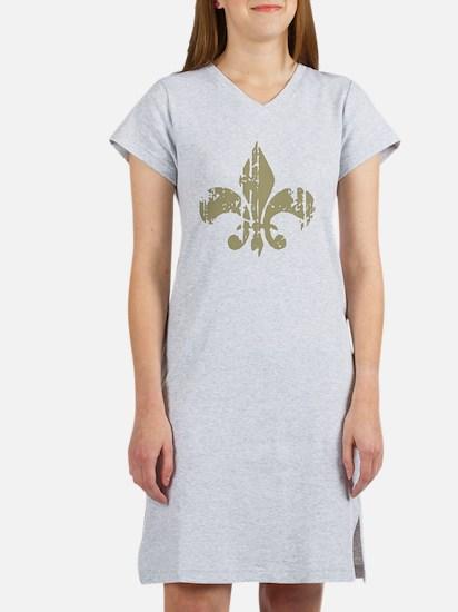 Distressed Fleur Women's Nightshirt