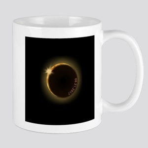 2017 total solar eclipse Mugs