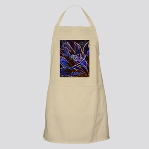 Preying Mantis in Sunflower Glowing Edges Apron