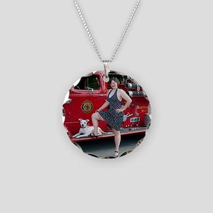 liz Necklace Circle Charm