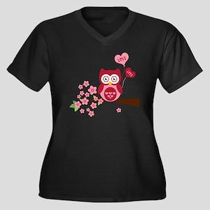 Love You Owl Women's Plus Size Dark V-Neck T-Shirt