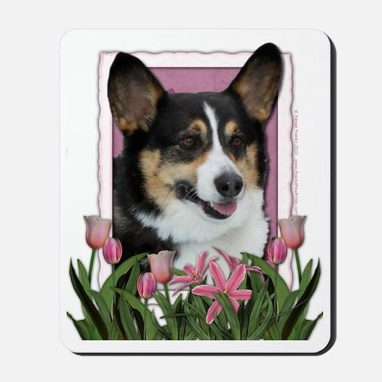 Pink_Tulips_Corgi Mousepad