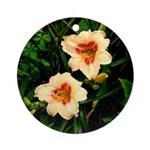 Rainy Daylily Ornament (Round)