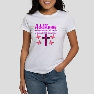 DIVINE GRANDMA Women's T-Shirt