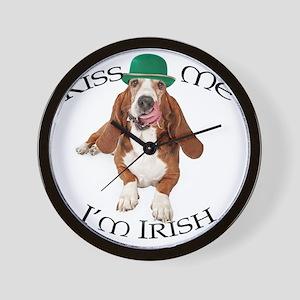 Basset Irish Kiss Wall Clock