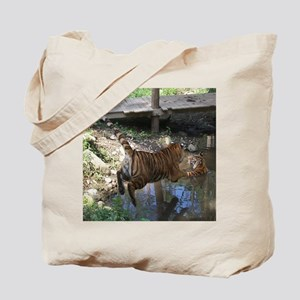 11x9 Cocheney - Jumping in water Tote Bag