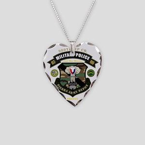nopltnbackdark Necklace Heart Charm