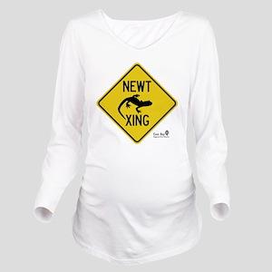 newt-xing Long Sleeve Maternity T-Shirt