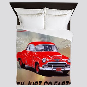 2-OLD CARS NEVER DIE, RED AND WORDS UN Queen Duvet
