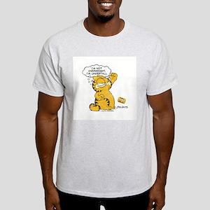 """Garfield """"I'm Undertall"""" Light T-Shirt"""