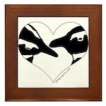 Penguin kiss (heart design) Framed Tile