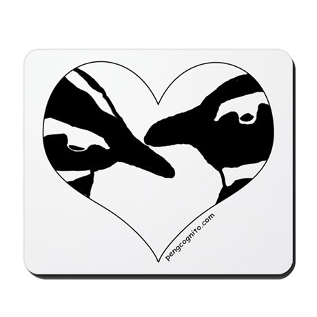 Penguin kiss (heart design) Mousepad