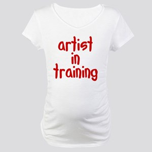 artist_in_training Maternity T-Shirt