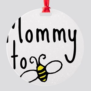 bee_mommy Round Ornament