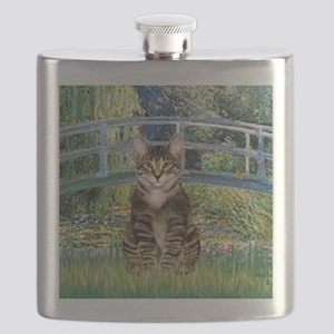 Bridge - Tabby Tiger cat 30 Flask