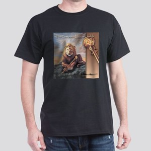 """The Scepter"" Lion of Judah Dark T-Shirt"