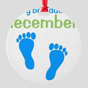 bluefeet_babyboyduein_december_gree Round Ornament