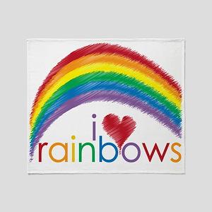 i love rainbows Throw Blanket