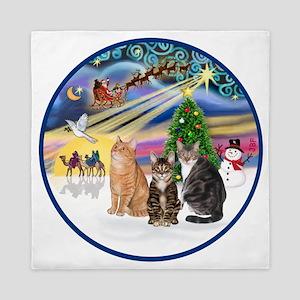 R-Xmas Magic - Three cats (AmSH) Queen Duvet