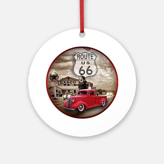 R6605 Round Ornament