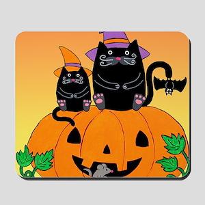 hllwn-2cats-pmkn-bat_Xbrdr Mousepad