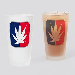 2-pot_cp Drinking Glass