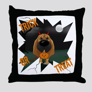 BloodhoundHalloweenShirt1 Throw Pillow