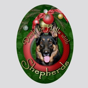 DeckHalls_Shepherds_Kuno Oval Ornament