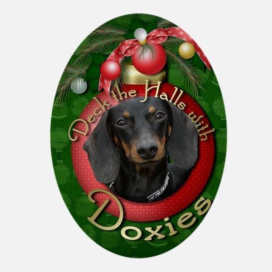 DeckHalls_Doxies_Winston Oval Ornament