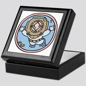 diver-womb-T Keepsake Box