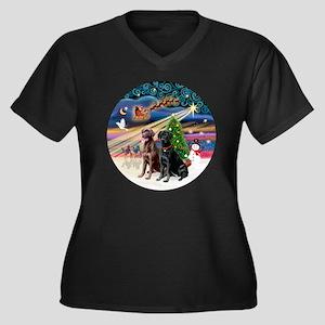 Xmas Magic - Women's Plus Size Dark V-Neck T-Shirt