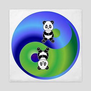 3-panda Queen Duvet