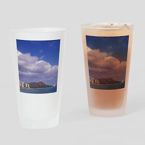 Hawaii, Honolulu, Waikiki Beach wit Drinking Glass