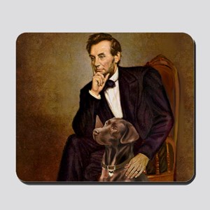 T-Lincoln - Chocolate Labrador 11-c Mousepad