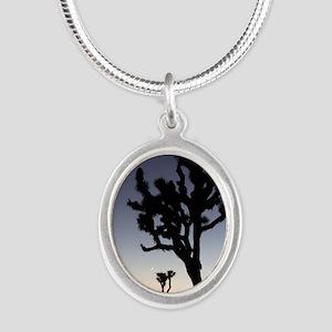 rndornaJtreeTwilight Silver Oval Necklace