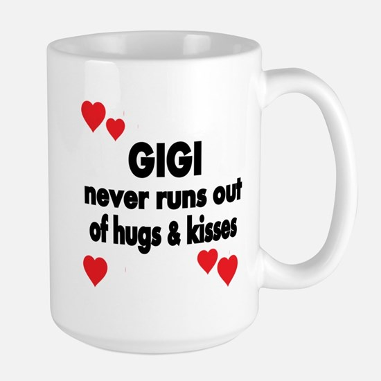 GIGI NEVER RUNS OUT OF HUGS KISSES Mugs