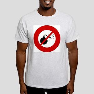 no-bombs Light T-Shirt