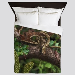 Wood Dragon Queen Duvet