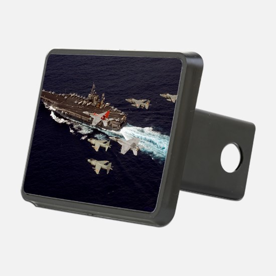 CP-MNPST 070907-N-8591H-18 Hitch Cover