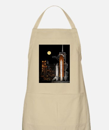 Space_Shuttle_Discovery_Full-Moon_Small_Post Apron