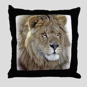 lion-portrait-t-shirt Throw Pillow