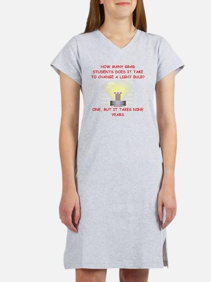 GRAD Women's Nightshirt