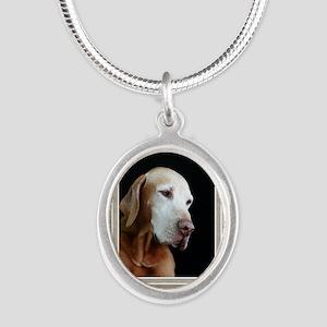 GCQ006_Flynn Silver Oval Necklace