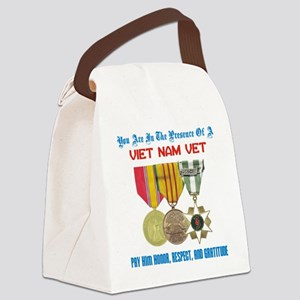 presence of vn vet Canvas Lunch Bag